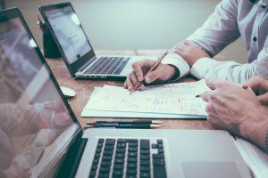 Faites-vous aider pour mieux choisir le type de rachat de crédit qui vous convient.