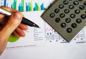 Une simulation crédit permet d'estimer si une renégociation de crédit est avantageuse.