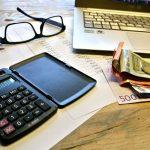 Allégez vos mensualités en procédant à un rachat de crédits au taux immobilier plus intéressant.