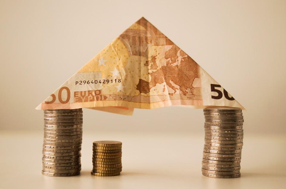 Les différentes astuces pour baisser les coûts du crédit immobilier