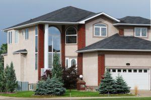 Stratégies des courtiers face à la hausse des taux de crédit immobilier.