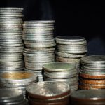 Le courtier crédit immobilier annonce une baisse des taux