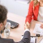Un prêt immobilier finance l'achat d'un nouveau bien avant la vente de l'ancien