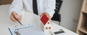 Taux d'emprunt historiquement bas et délais de traitement allongés